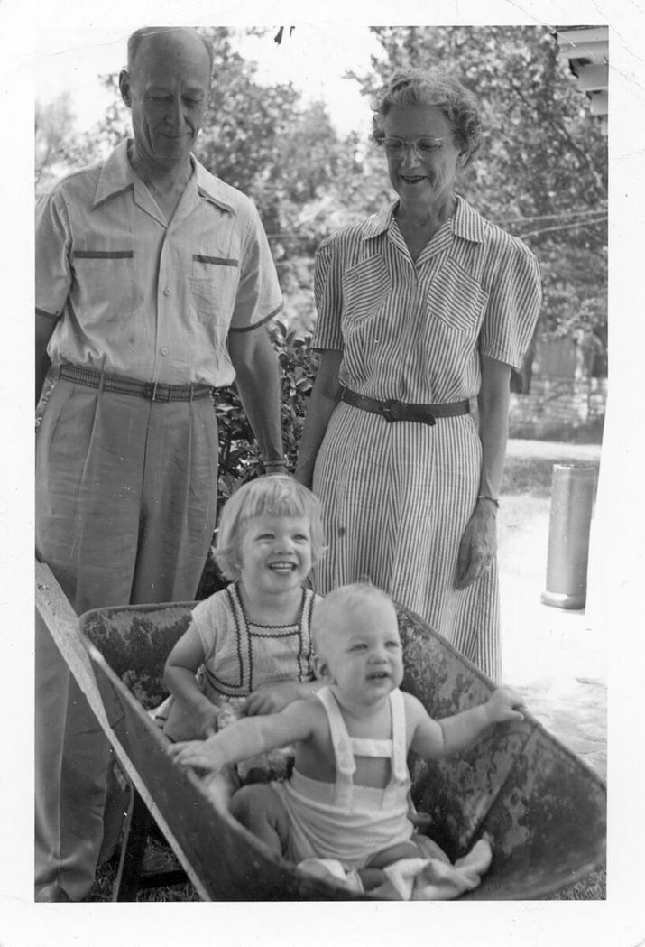 140 years of reinvention miller imaging digital solutions john dodd miller and louise lambie miller in 1952 with two grandchildren malvernweather Gallery
